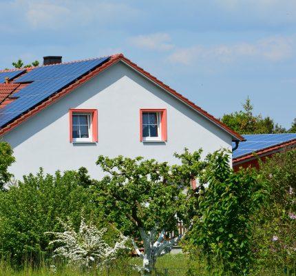 """Das eigene Dach ins """"Homeoffice"""" schicken: Darum werden Photovoltaikanlagen immer beliebter"""