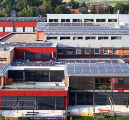 Klimaschutz vor Ort: Photovoltaik für kommunale  Gebäude