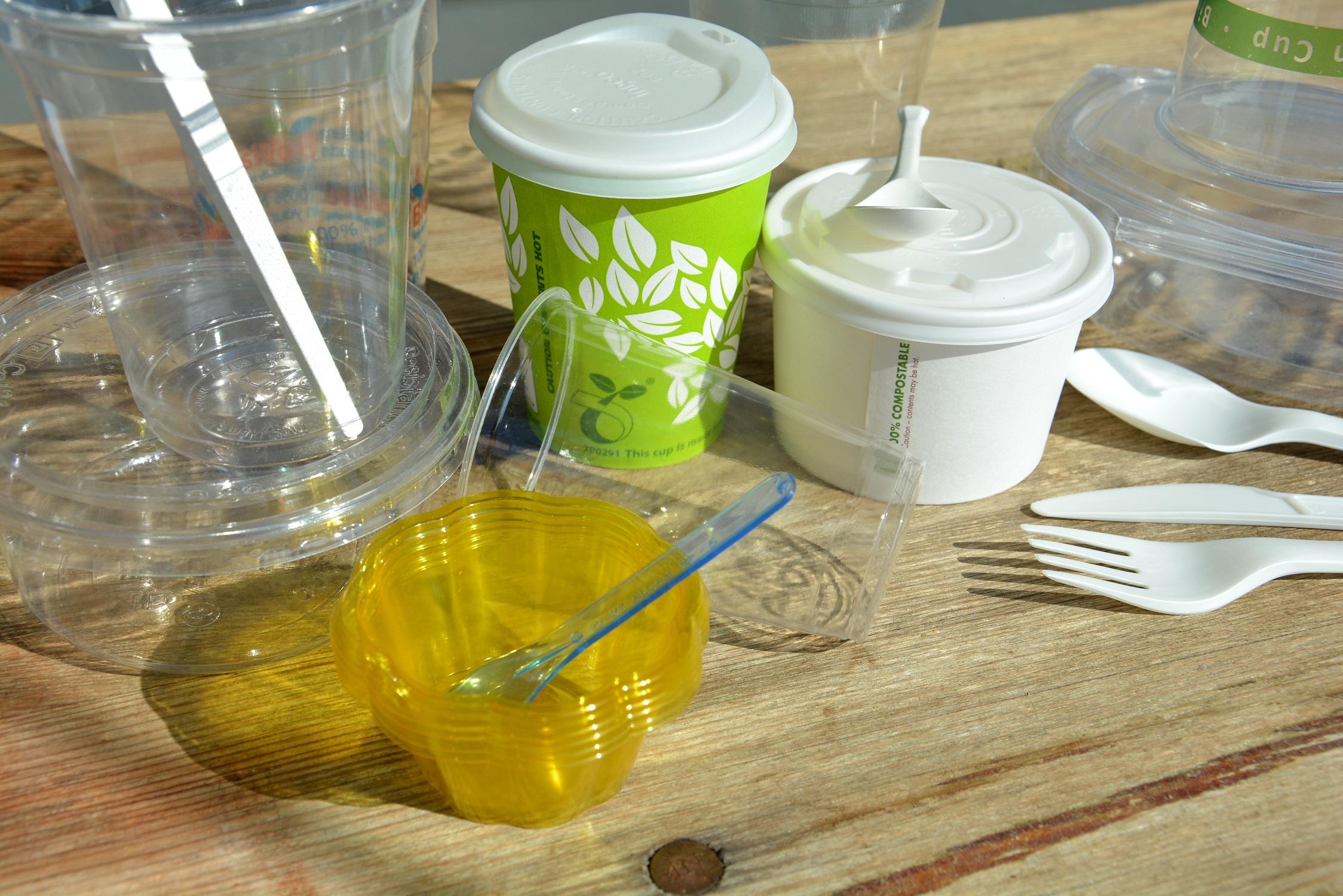 """Lebensmittel """"to go"""" nachhaltig verpackt: C.A.R.M.E.N.-WebSeminar informiert über Alternativen zu Einwegplastik"""