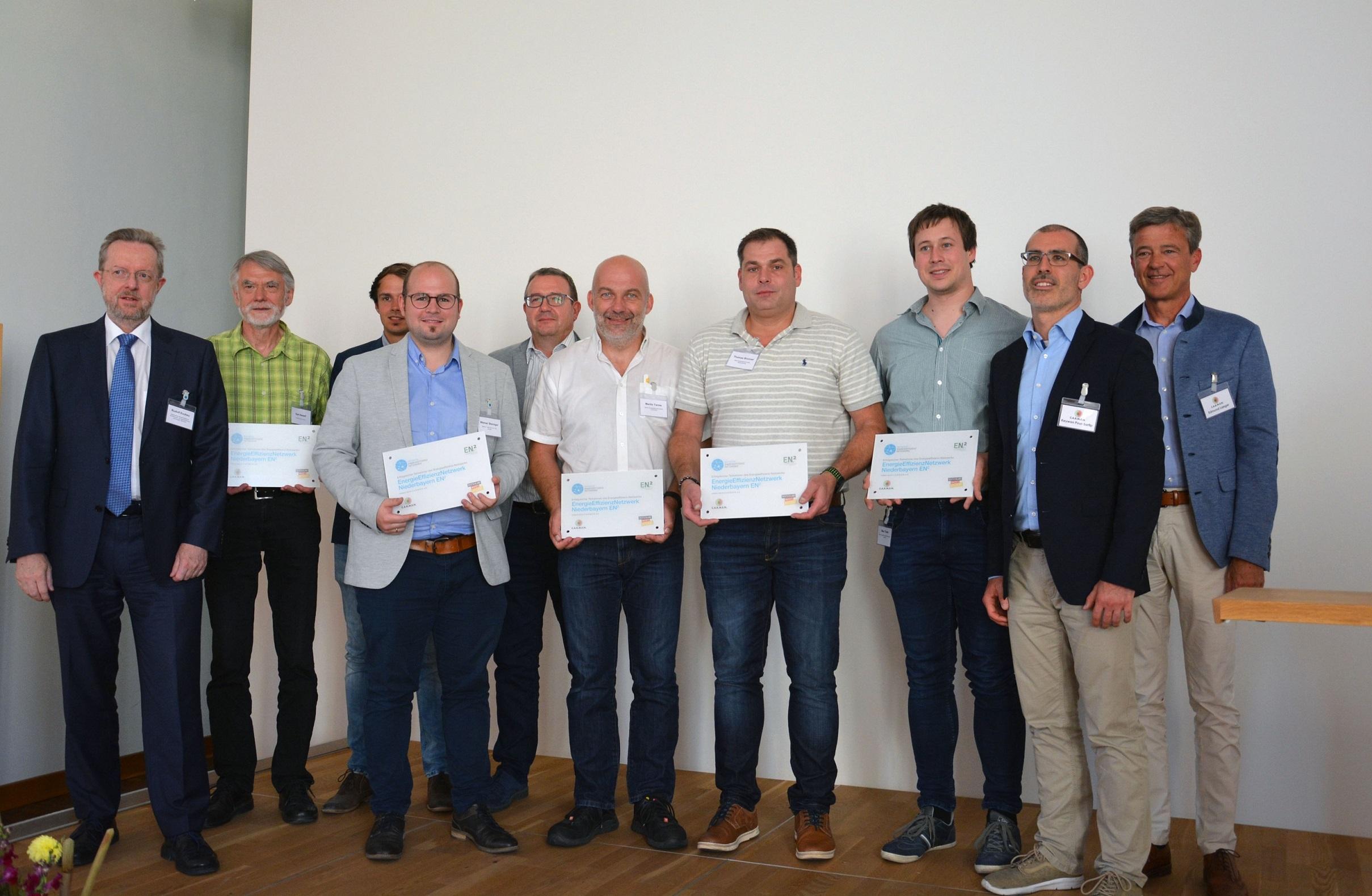 Nach zwei Jahren Laufzeit: Erfolgreicher Abschluss des EnergieEffizienzNetzwerks Niederbayern EN²