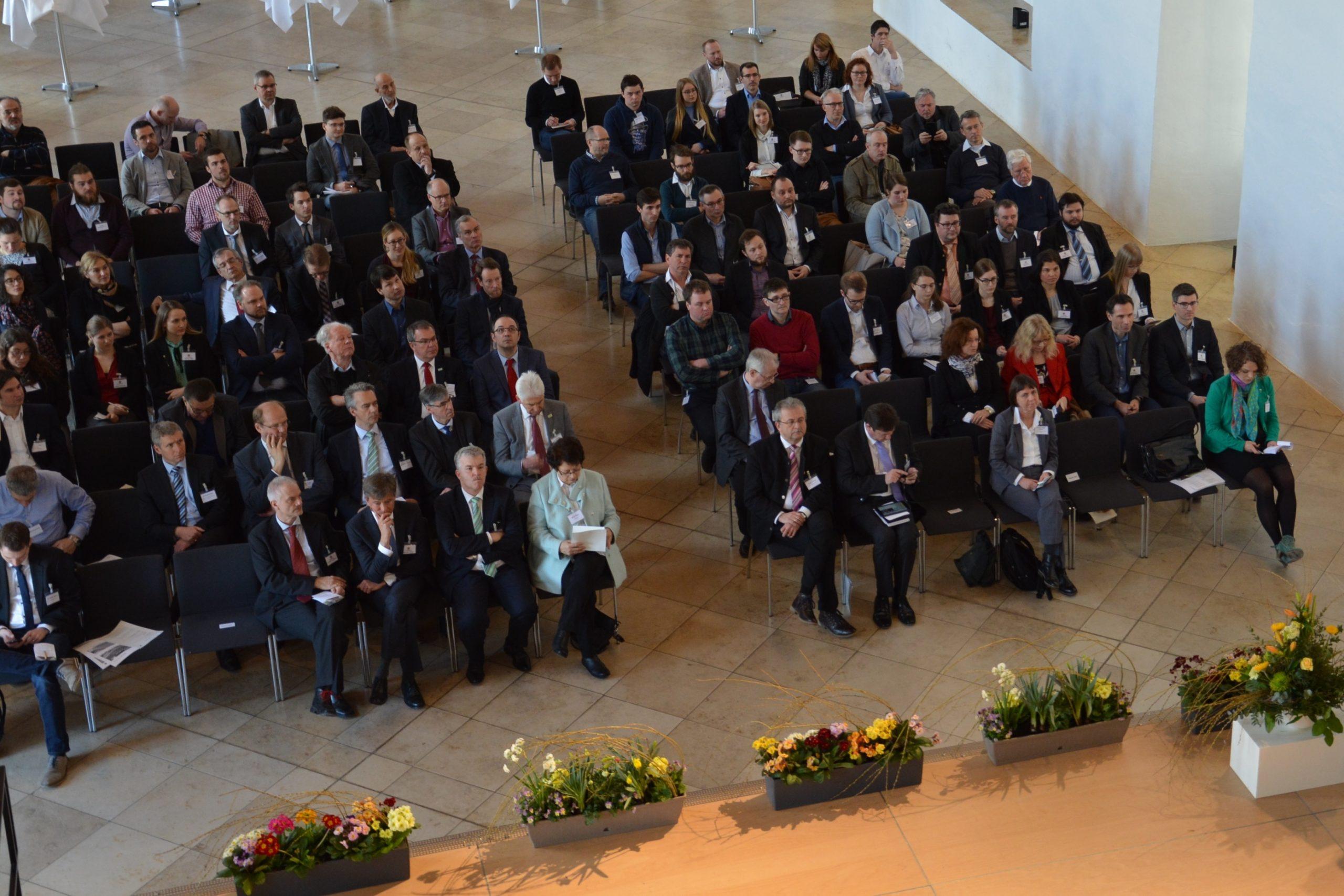 25. C.A.R.M.E.N.-Forum in Straubing behandelt das Thema Bioraffinerie
