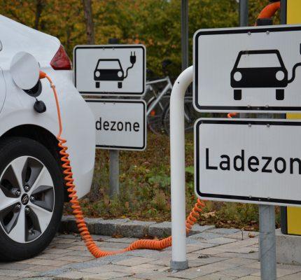 E-Fahrzeuge intelligent erneuerbar laden – erfolgreiches WebSeminar findet wieder statt